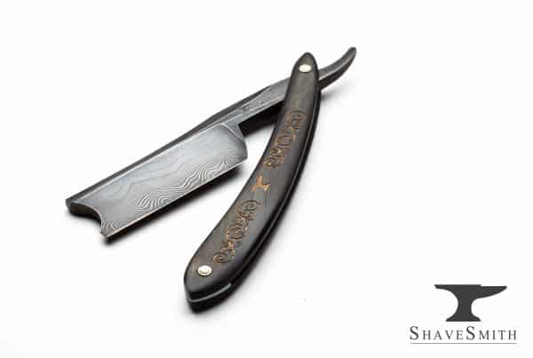 ShaveSmith's Celebrated Damascus - 9/8, Gold Leaf Ox Horn, Razor Damascus - Custom Straight Razor.